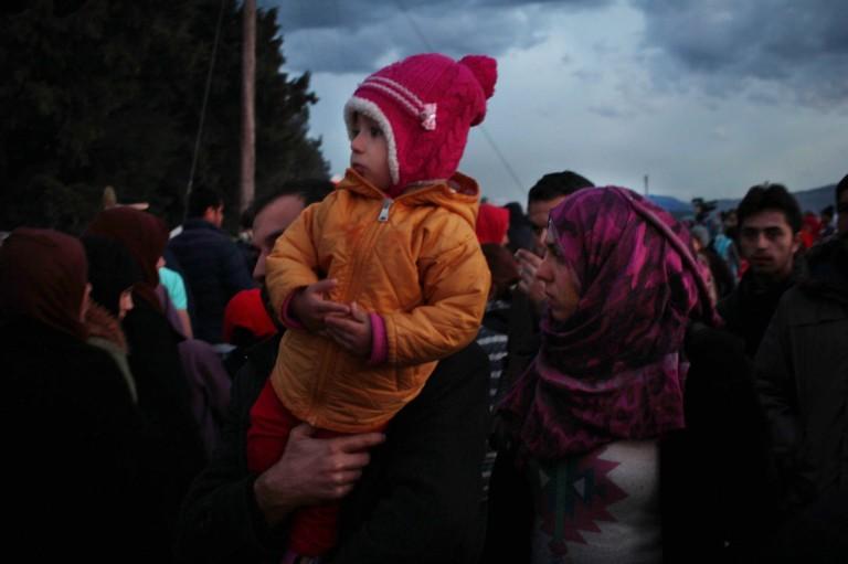 00012 miles de personas están atrapadas en el campamento de Idomeni, las codiciones de vida y hacionamiento gacen mut difícil la estancia e este lugar