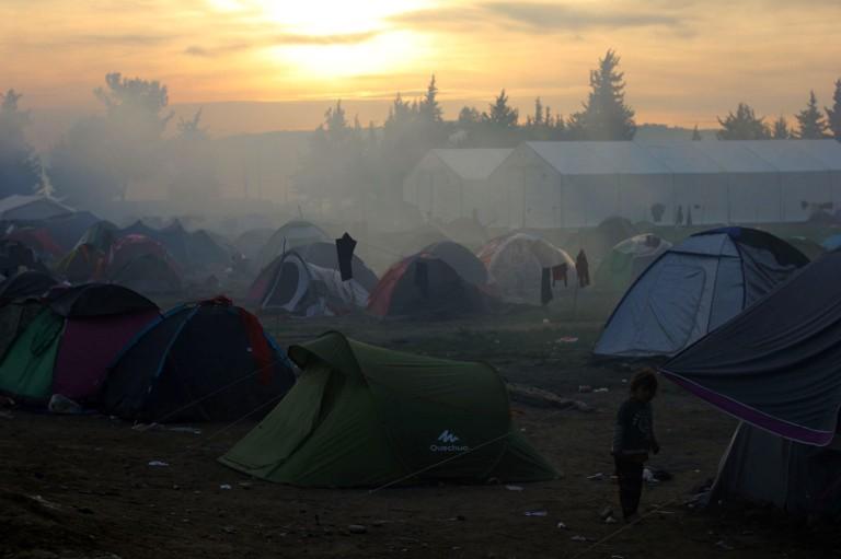 0001vista del campamento de Idomeni, en la frontera entre grecia y Macedonia.Miles de personas permanecen en condiciones deplorables a la espera de poder pasar y continuar su camino hacia Alemania