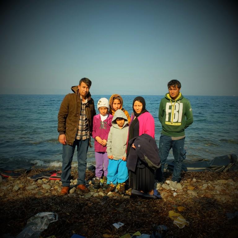 07Mohamed,con su mujer Najibeh, sus hijas Rosse, Hama y su hijo Amir de de la ciudad de Baglan en Kunduz, Afganistán van a Austria junto a su hermano Sorab